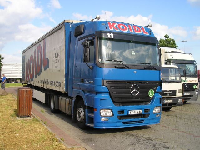 Actros 2 generation bis 18 t teil 5 mb actros 1846 mp2 for Koch transporte