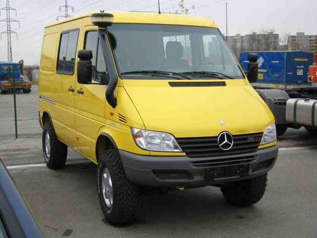 birgers autoblog mercedes sprinter als 4x4. Black Bedroom Furniture Sets. Home Design Ideas