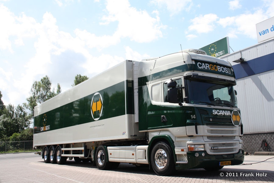 Scania-R-II-480-Cargoboss-Holz-070711-01.jpg - Scania R 480