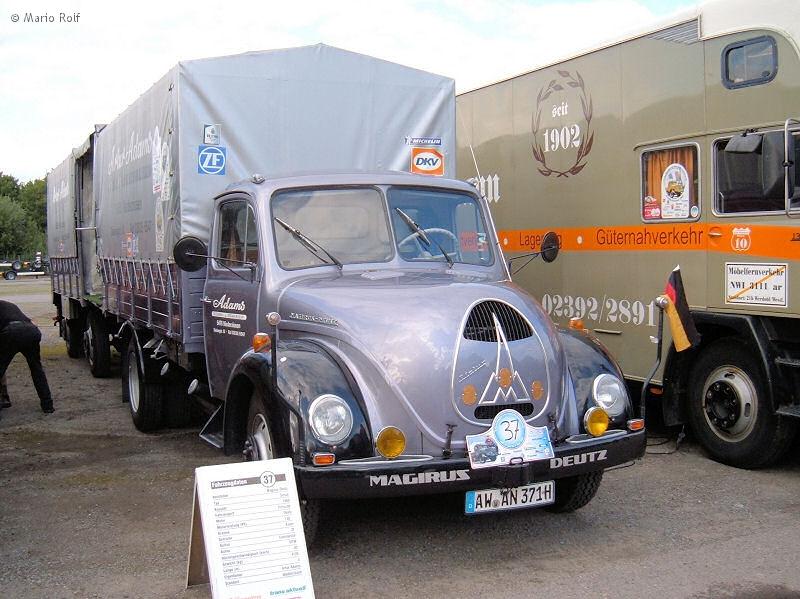 Железная Дорога в Миниатюре №71 - 14-ый участок поворотного рельсового пути, синий грузовик
