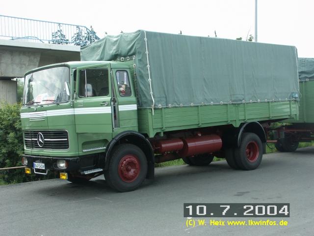 truck grand prix 2004 teil 1 mb lp 1418 gruen 100704 1. Black Bedroom Furniture Sets. Home Design Ideas