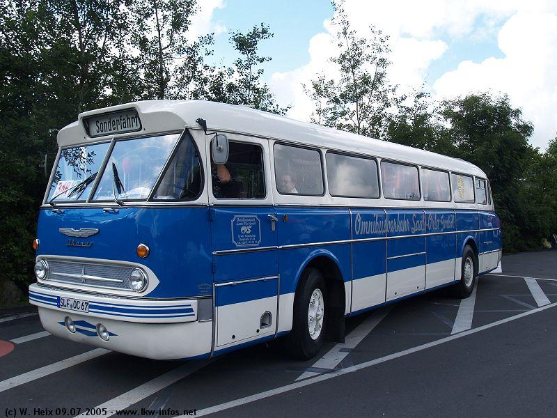 truck grand prix 2005 teil 1 ikarus 66 blau weiss 090705 01. Black Bedroom Furniture Sets. Home Design Ideas