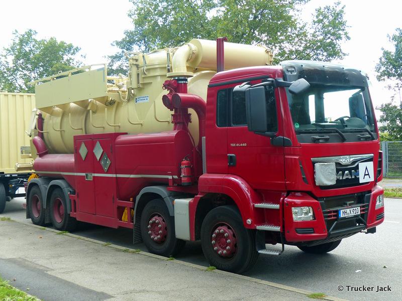 20160101-Kommunalfahrzeuge-00300.jpg