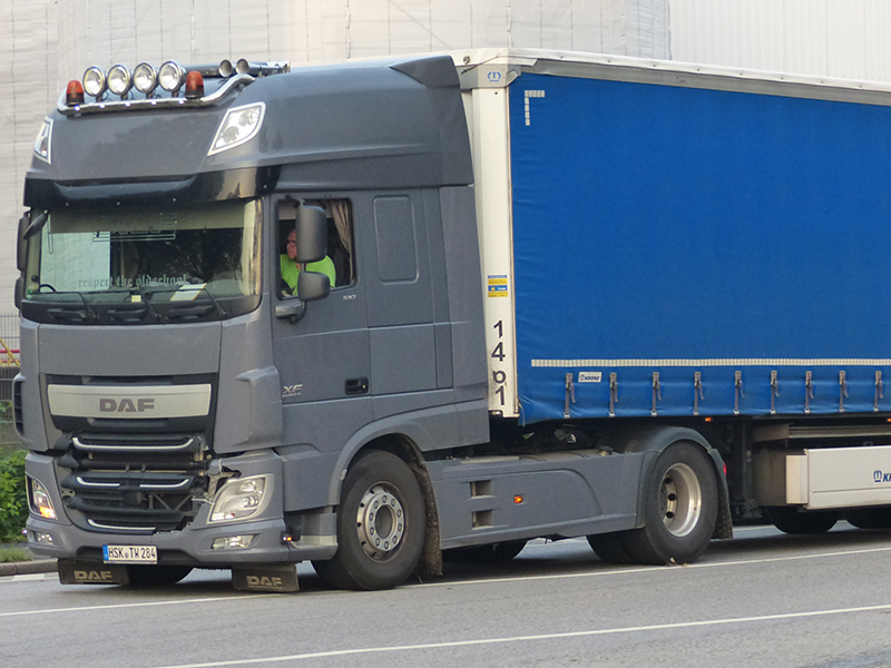 2071030-New-XF-Euro-6-00123.jpg