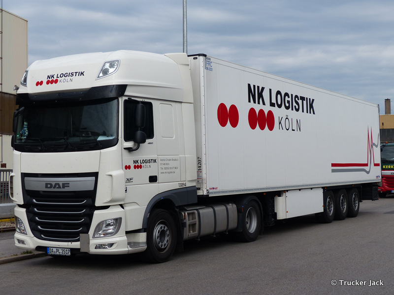 2071030-New-XF-Euro-6-00135.jpg