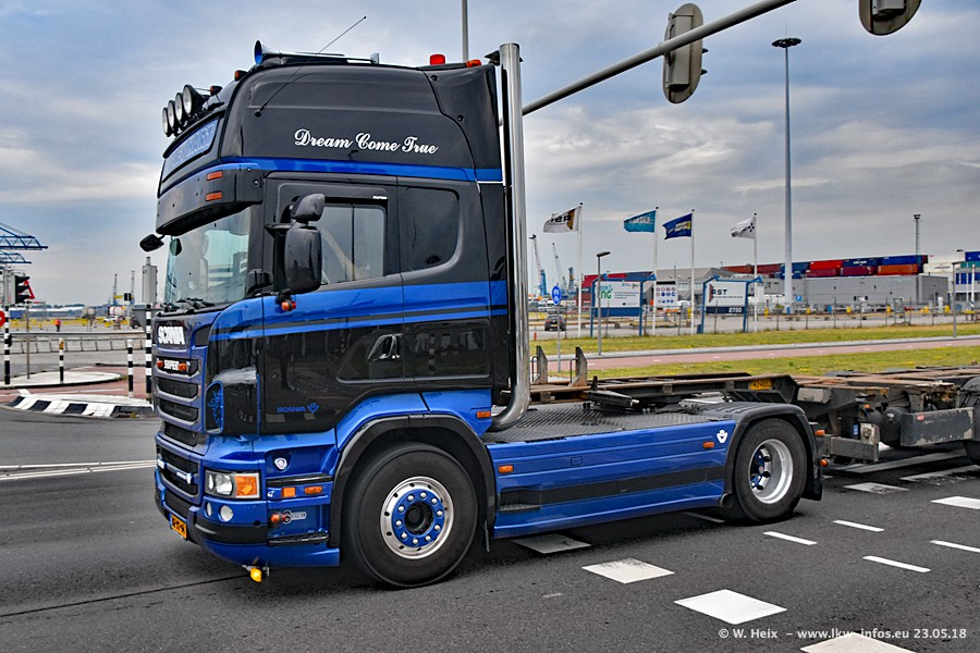 20181226-New-R-V8-00019.jpg