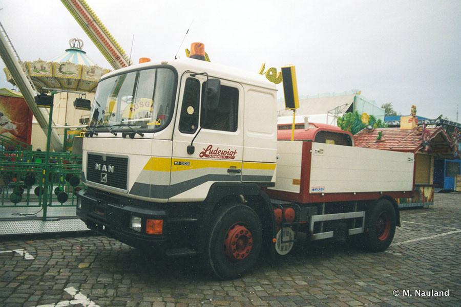 20160101-Schaustellerfahrzeuge-00266.jpg