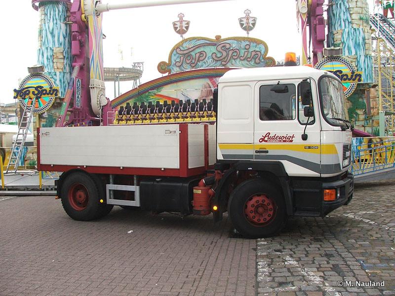 Bremen-Freimarkt-2007-MN-2007-306.jpg