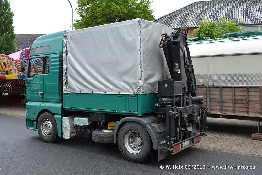 Schaustellerfahrzeuge-20130515-030.jpg