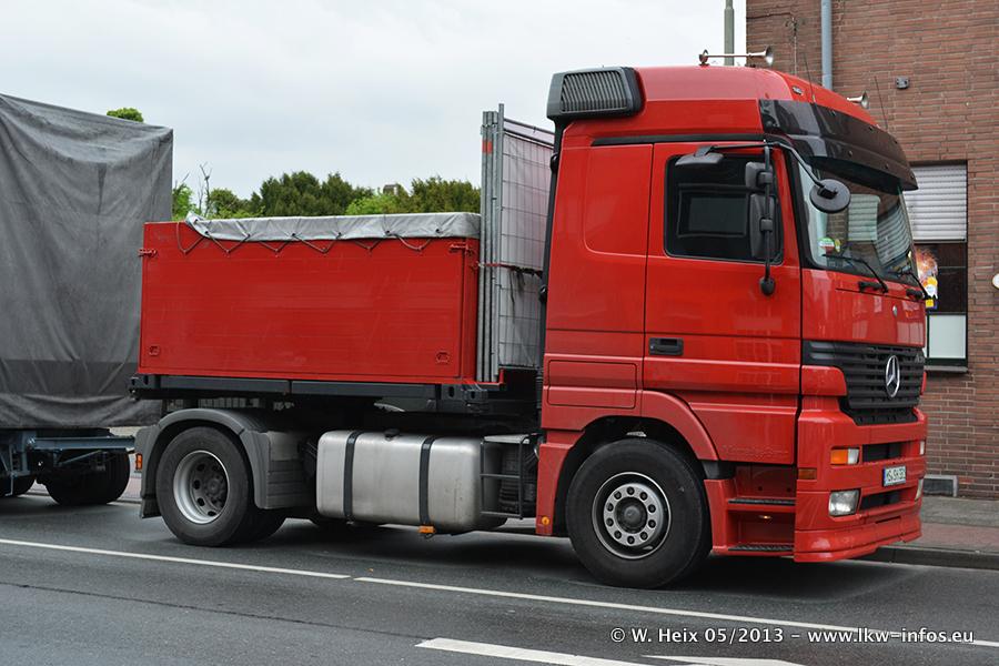 Schaustellerfahrzeuge-20130515-053.jpg