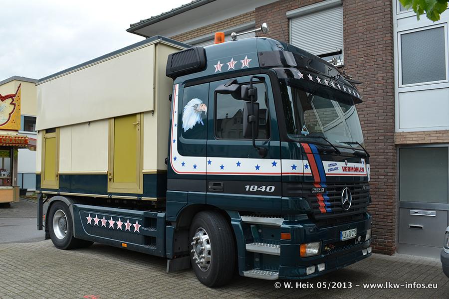 Schaustellerfahrzeuge-20130515-092.jpg