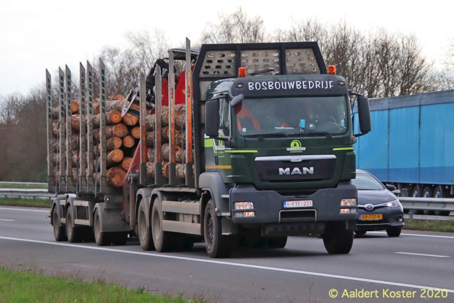 20210107-Holztransporter-00012.jpg